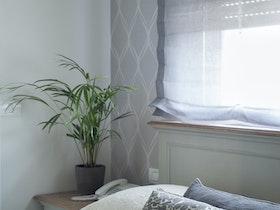 מיטה זוגית עם מזרון וכריות