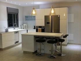 מבט אל המטבח