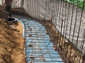 סידור ברזל בחומה