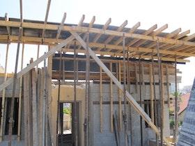 בניית פרגולות בטון כחלק מהגג בטון