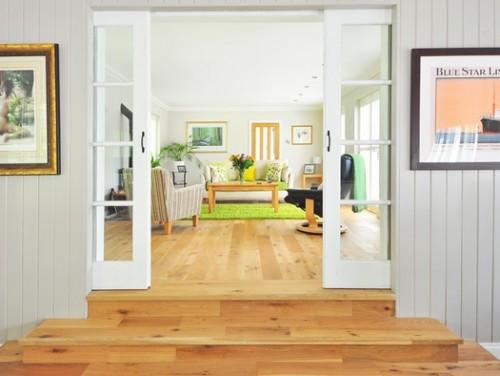 שיפוץ דירה: התקנת רצפת פרקט בשיפוץ הדירה ואיך אפשר לחסוך בעלויות