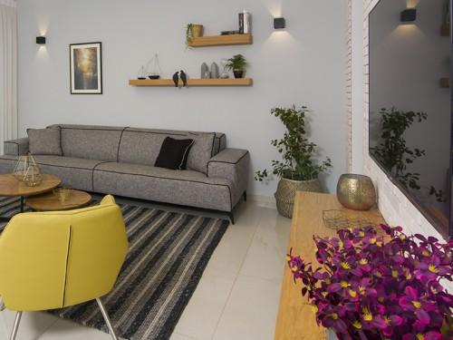זיכרונות אורבניים קלילים: עיצוב לדירת קבלן בנס ציונה