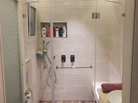 מקלחת לפני שפוץ