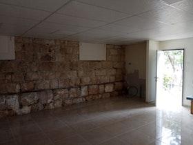 צילום של תוספת יחידה לבניין ישן