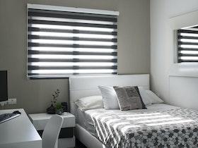 עיצוב והום סטיילינג לחדר במראה אורבני - לבן הבוגר.