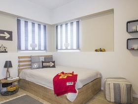 מיטה זוגית עם מזרן