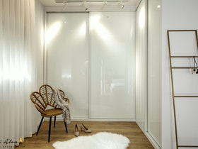 ארון 2 דלתות זכוכית