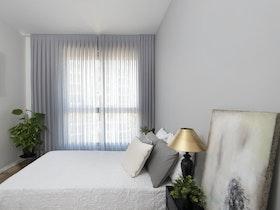 צילום מיטה זוגית עם מזרן