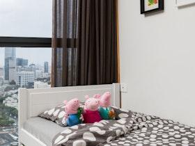 מיטת יחיד עם מזרון