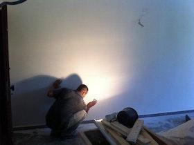 שיוף קירות לאחר שפכטל מלא