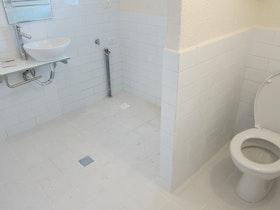 שיפוץ חדר שירותים ואמבטיה