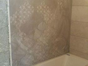 ביצוע מערכת מוזייקה באמבטיה