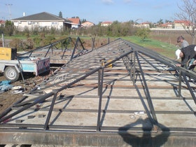 גג המבנה